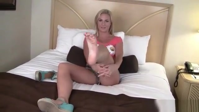 Hot Pornstar Footjob And Cumshot girl fucks guy in the ass