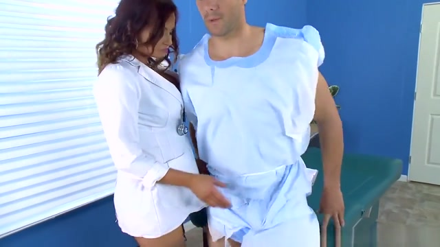 Naughty doctor Tory Lane Fun free games that you can play online