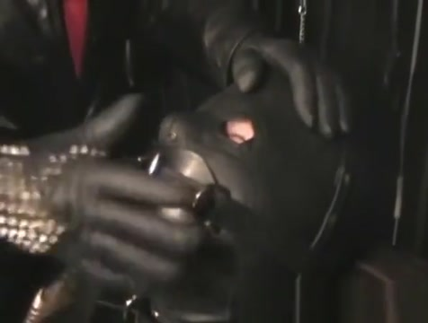 The Leather Domina - Leather Fetish - Total Leather Bondage Jack off jill yellow brick road