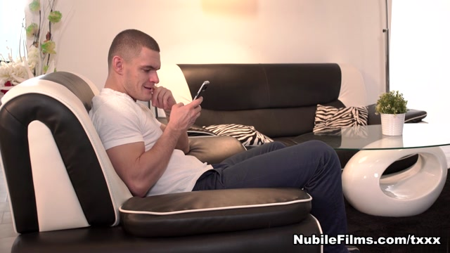 Leanne Lace & Max Dior in Come On Up - NubileFilms advice on giving oral sex