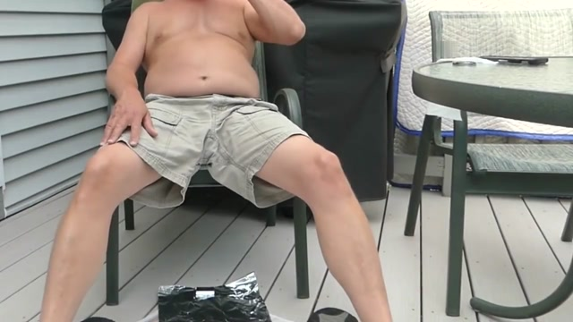 LADIES! 06-19-2018 Outdoor saliva spit on cock wonderful solo. Women having sex while stuck video