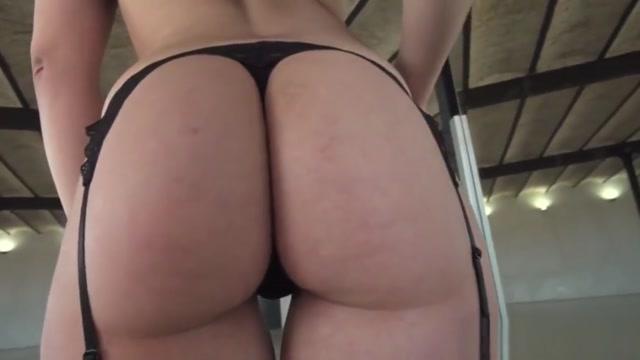 Tiffany Gold takes deep anal sex