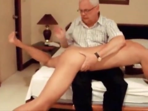 Daddy spanks naughty Chinese boy Flat wire stripper