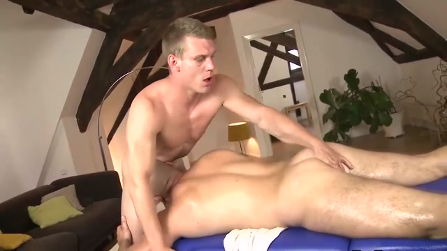RAW during massage Girls with low hips