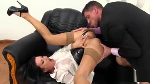 Surprised Hottie In Lingerie Is Geeting Pissed On And Rode pop up sex book