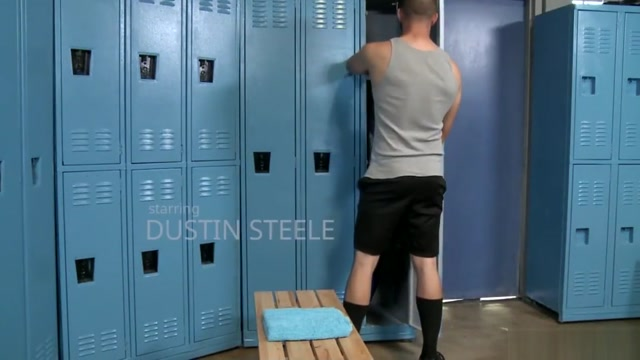 ExtraBigDicks Cute Hairy Latino Trainer Analized In Locker Fiat doblo panorama 2018