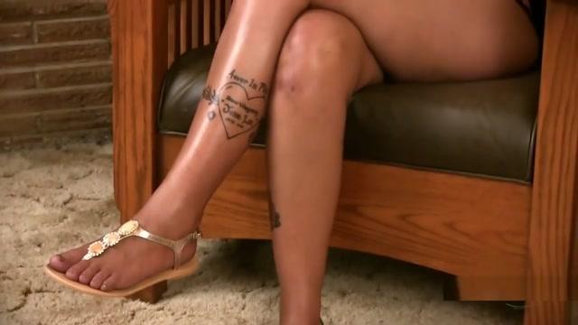 EBONY INTERVIEW sexy light skinned women doing stuff naked