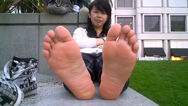 Asian soles hole women over in ametuer