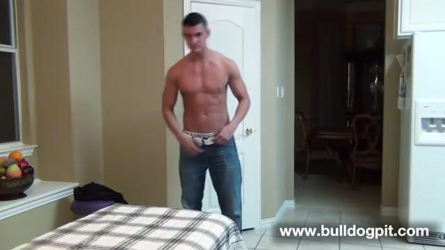 Erik - Massage - BulldogPit Pussy eating les aussies