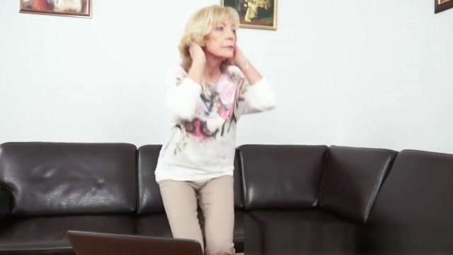 Cum loving granny enjoys sucking dick Piss covered sluts
