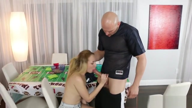Gigi Flamez gets drilled by her uncle