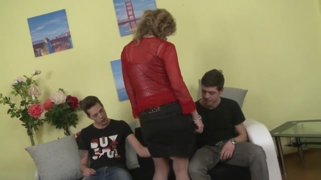 Horny czech mom Raina threesome