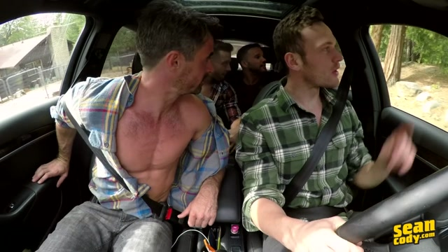 Deacon?s Bareback Gangbang - SeanCody Meeting women in nyc