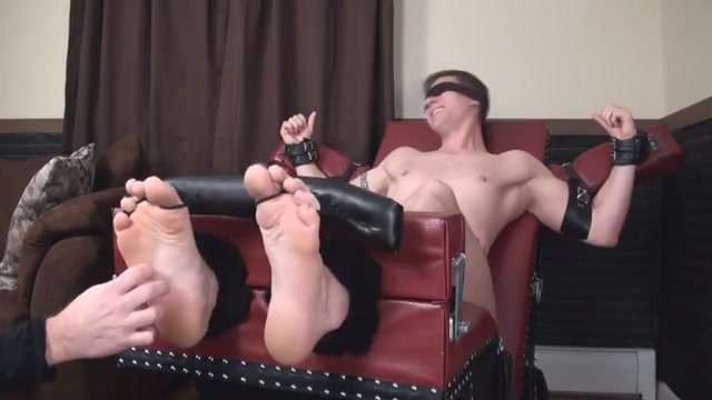 Stud tickled by older man Amateur spy sex videos