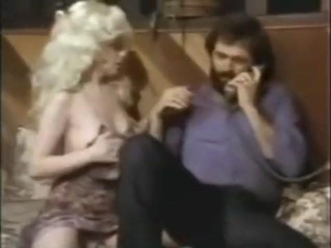 Retro 70s girls nude with boys