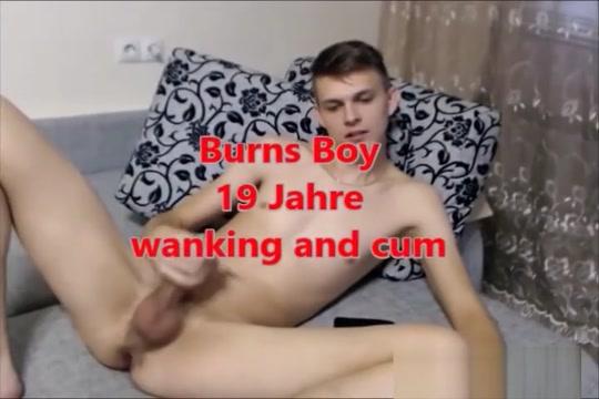 Bibcam No. 28 - 03.11.2016 Burns Boy 19 Jahre animated gifs pussies fingering
