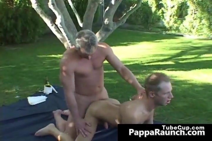 Mature gay dude gets his hard dick part4 Fucky Lucky
