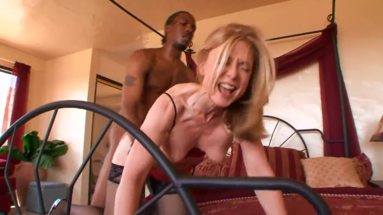 mature blonde fucking with the seller black