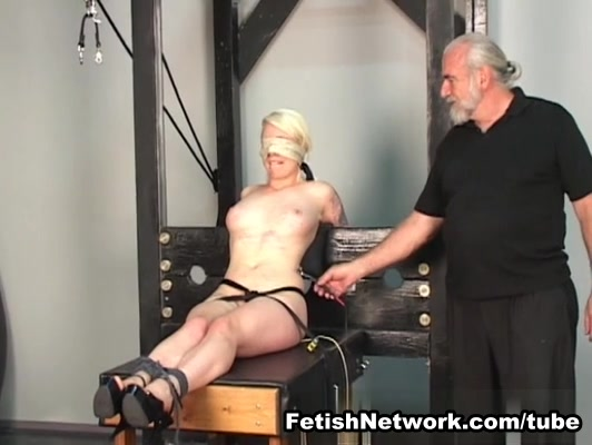 FetishNetwork Video: Loreleis Limits Extended hot nude babe pics