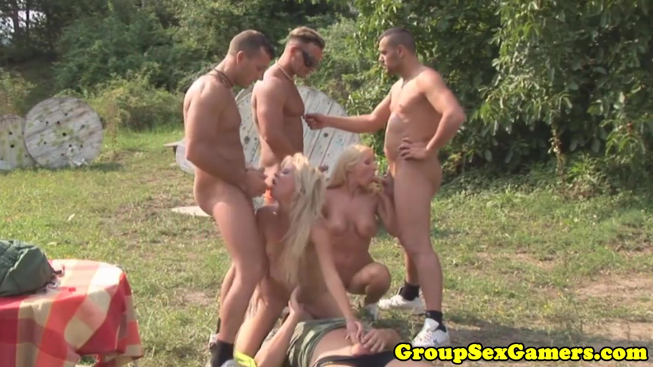 Real army babes play blowjob game before fucking Kt so masturbating
