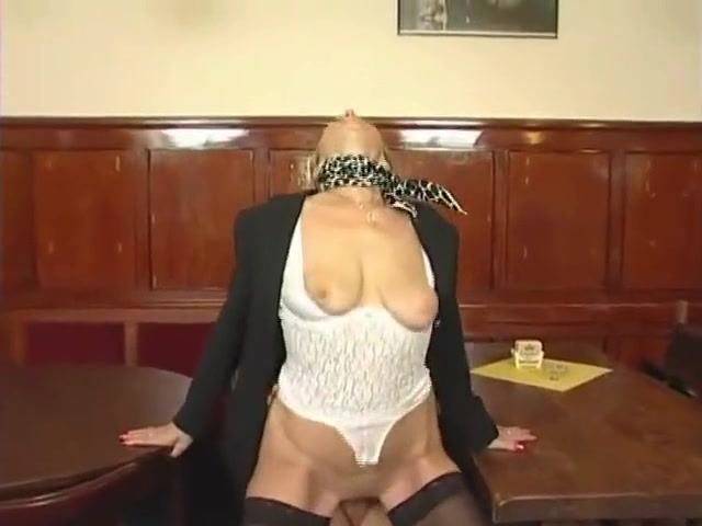 Older milf has some fun with a young guy free xnxx porn movies