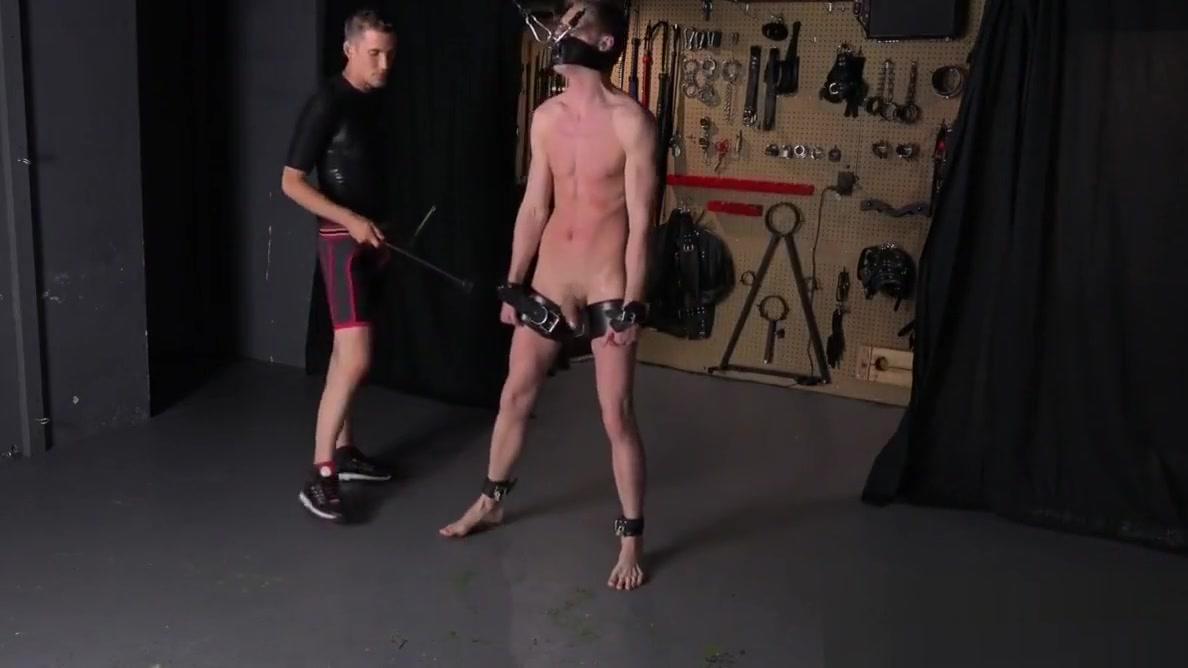 HUNG TWINK COLE MILLER CUMS Spanked BDSM Gay Bondage BJ Senior singles holidays
