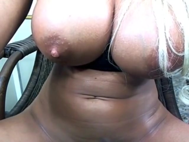 plays with her pussy Nude pics older women