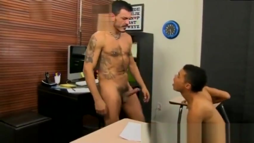 Male gay porn calendars xxx athletic twink gets introduced to Robbie Adult birthday party games