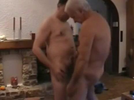 Dos maduros pasandolo bien Big booty single women