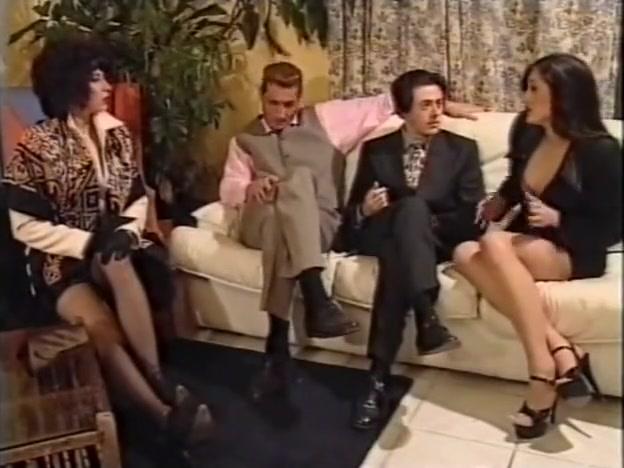 La Maledizione del Castello - Olivia del Rio, Oralie, Karen Lancaume (1998) descuido de famosas sin censura