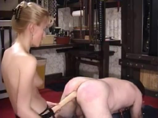 Fisting her Male Slave Fake Celeb Bondage Pics