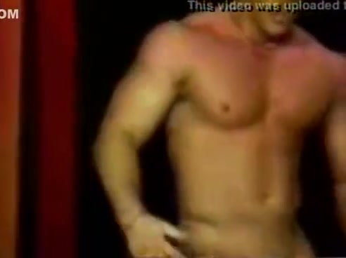 Adam Wilde Strip A black ganster rapper guy pissing naked