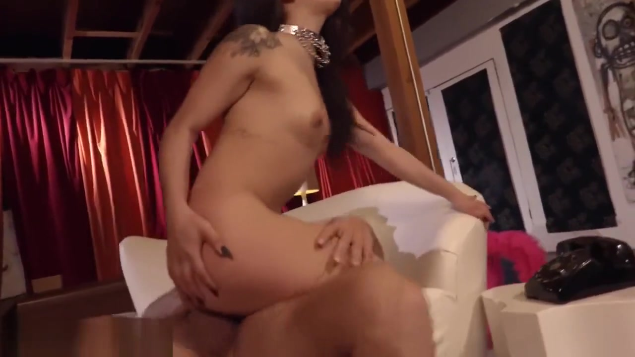 ADULT TIME Gina Valentina Fed Creampie After Insanely Hot Fuck! MILF with doughter banging her boyfriend