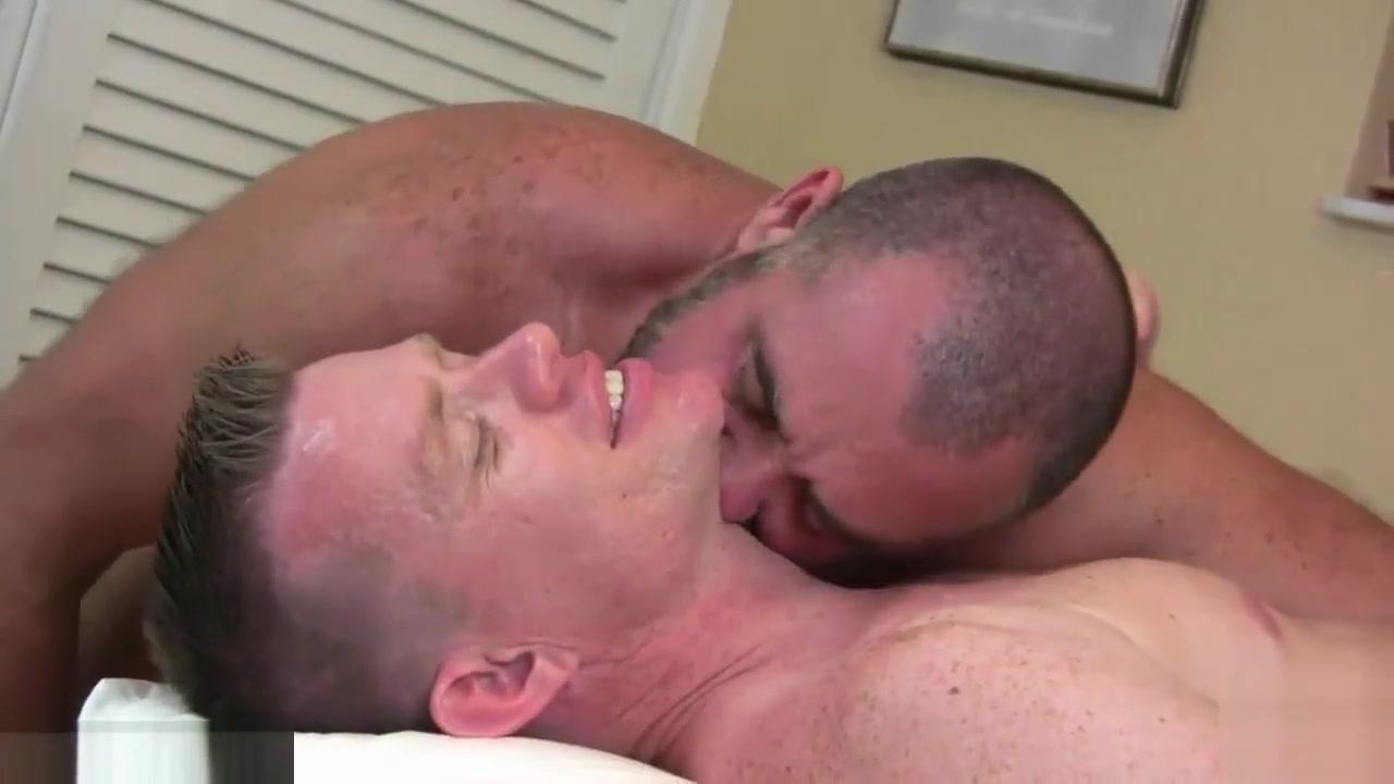 Top Hunk Fucks A Daddy Bear boobies big fat boobies