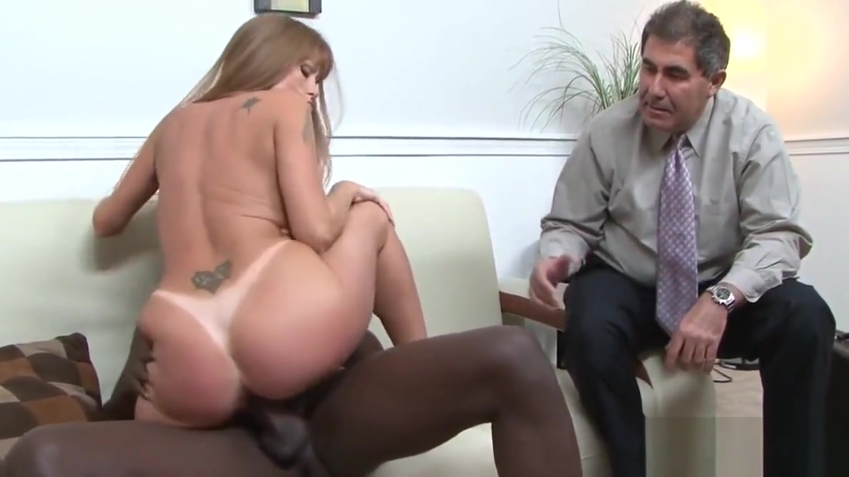 Cuckolding beauty punishes her husband Errotic chat