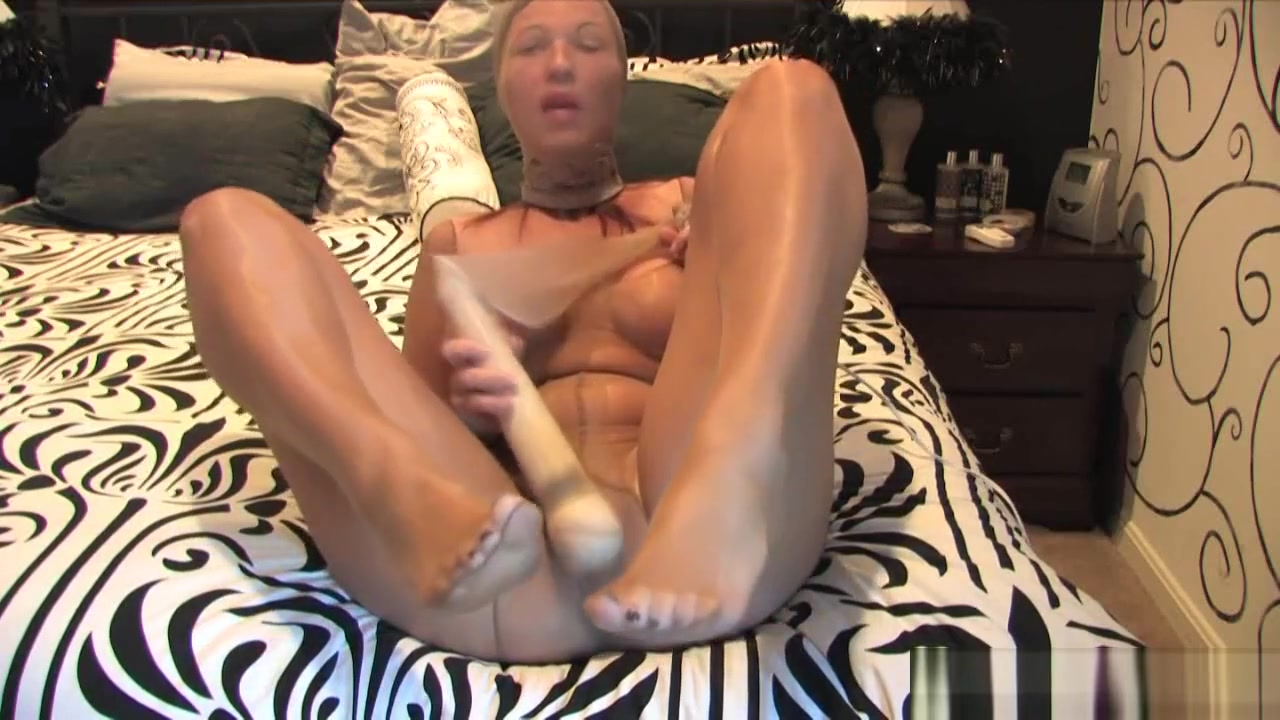 Pantyhose Encasement Masturbation Big tits cam girl black dress