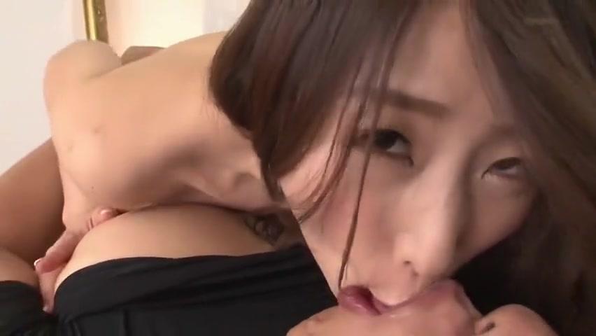 Seducing latina Kayla Louise masturbate on camera