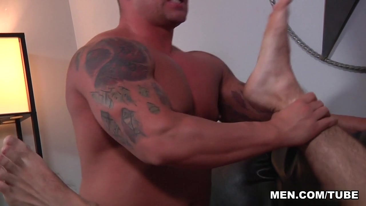 Braden Charron & Jimmy Fanz in Musclebate Scene My immature pussy drilled by a strapon
