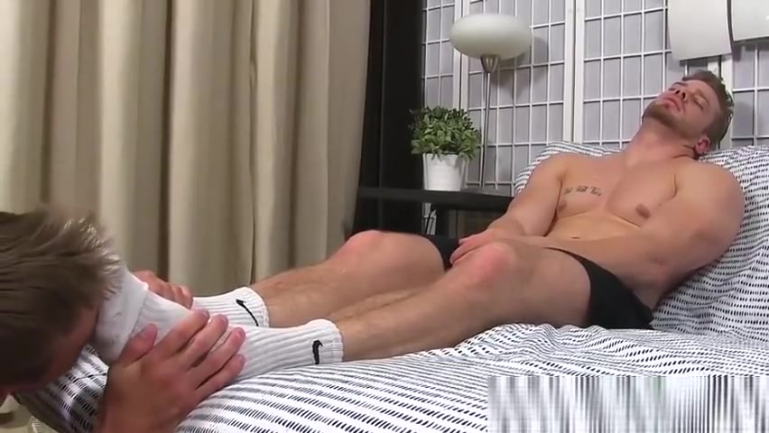 Muscular hunk masturbates while his feet are licked naked and afraid anastasia