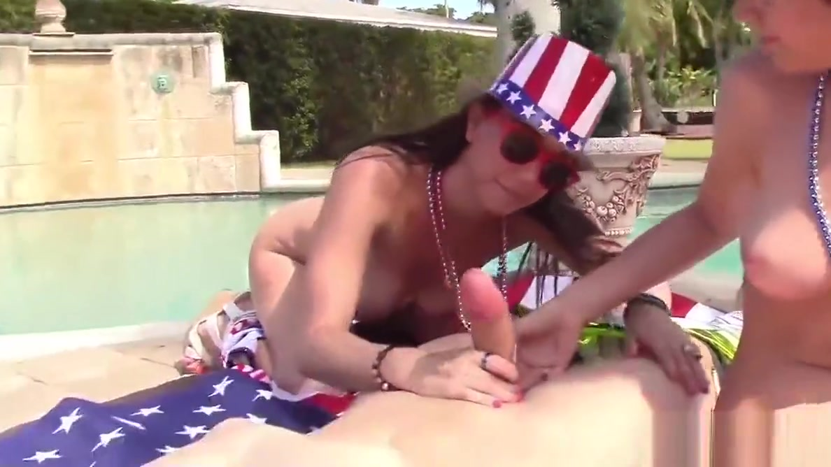 Independence Day Teen Group Sex Like Multiple Partner Sex Why Woman