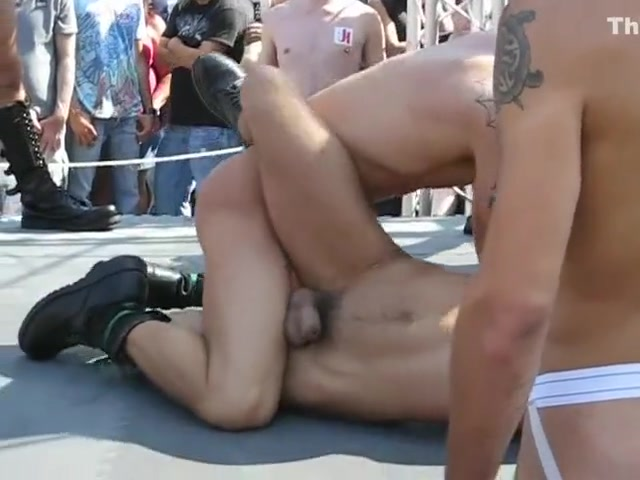 Naked wrestling at Folsom Fair 2009. Rusian girls sex picture