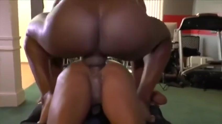 BLACK giant COCK fucks BLACK Latin Couple Make Their Own Porno
