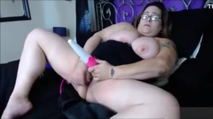 Tammy Cums On Webcam Hot housewife selfie pussy