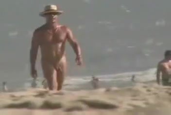 cute wht homo cpl pick-up big blk chap at in natures garb beach Public buttplug asian