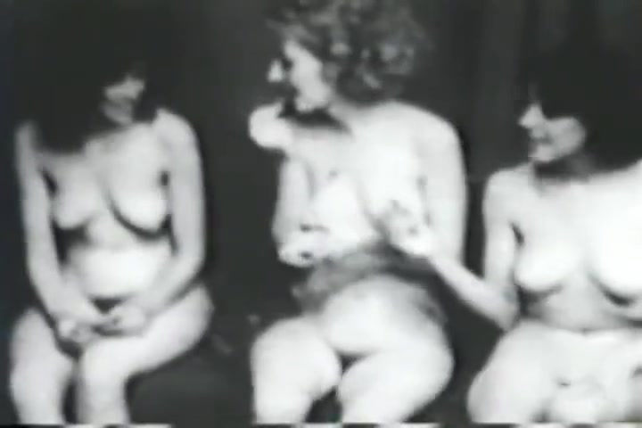 Vintage Nudists! Three Naked Girls scarlett johanson naked pics