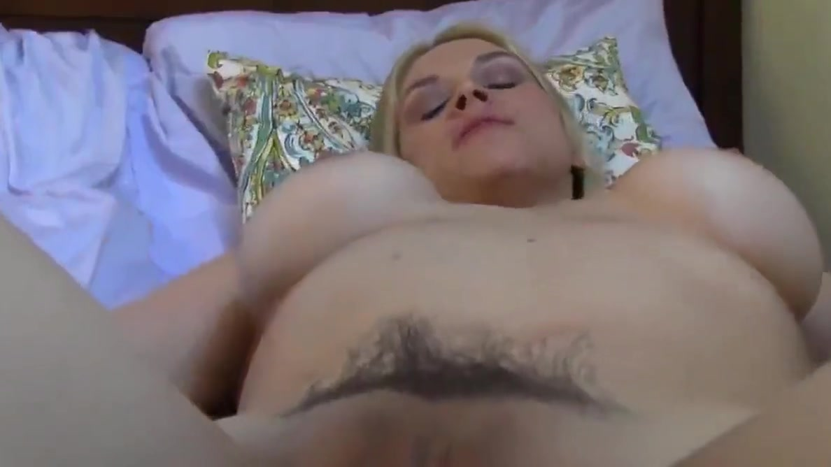 crazy busty blonde bitch having a real orgasm with her ex Free Cute Blonde Porn