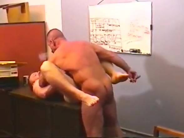 Big bear trucking company (1) Free brutal ass pounding