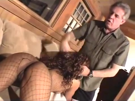 Sexy Black Woman Gets Pussy Eaten By Man Nasty old women fucking