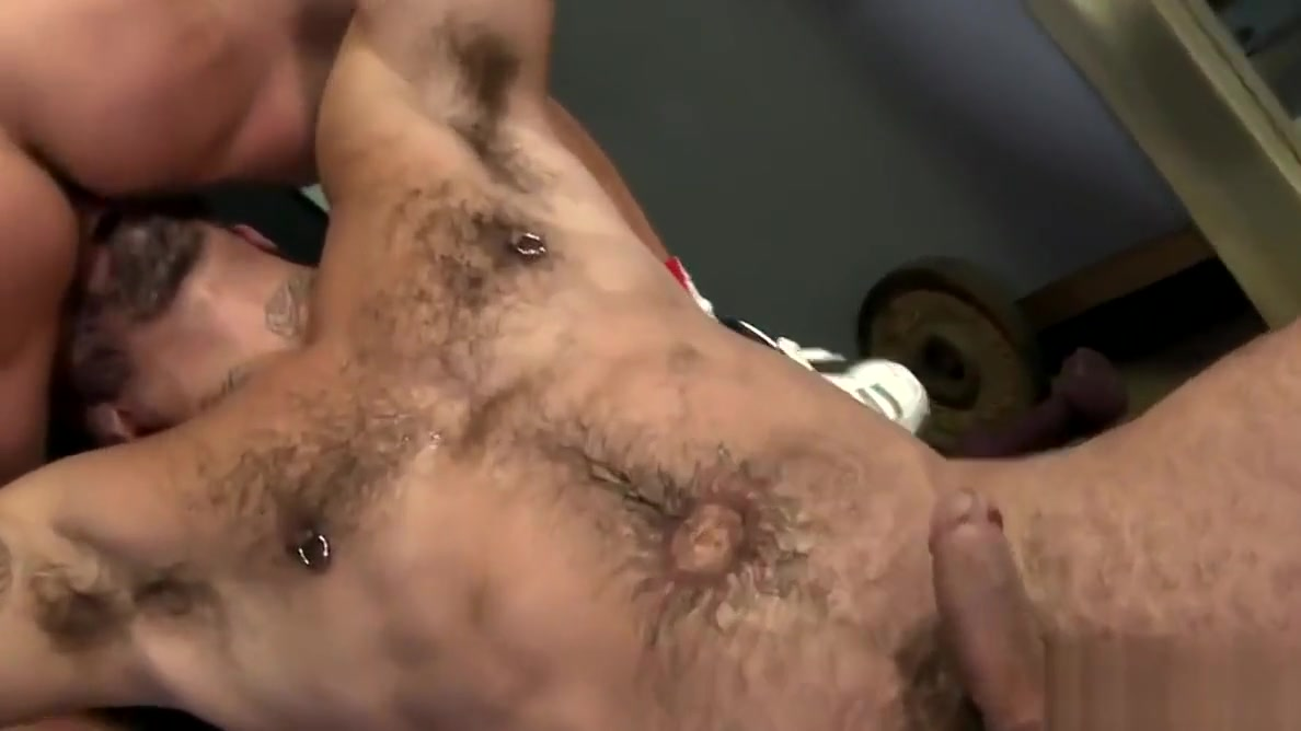 Gay fun in the locker room czech home orgy party
