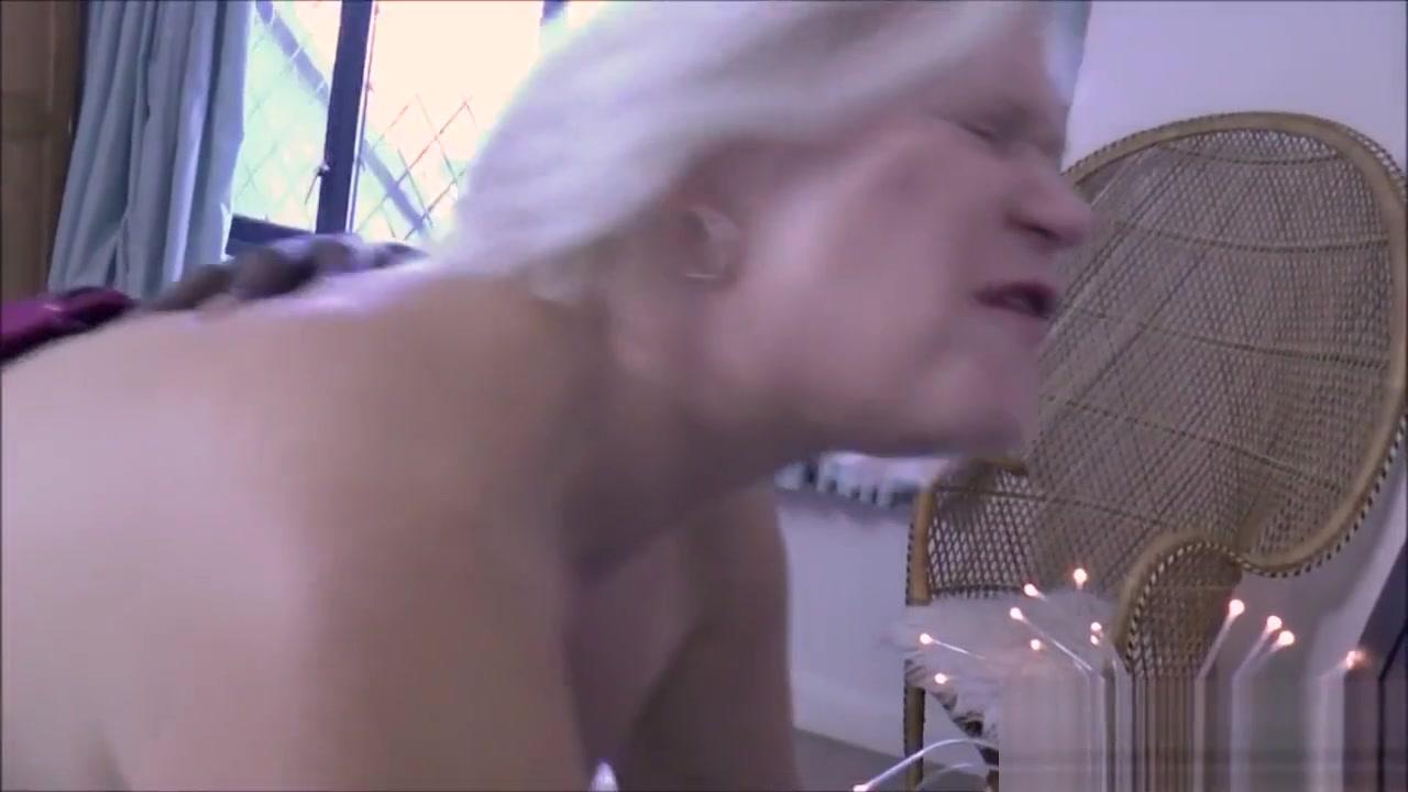 Les rides sybian for gran Black Fat Ass Porn Videos